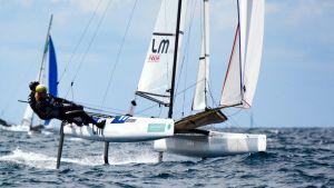 Sinem Kurtbay och Akseli Keskinen seglar