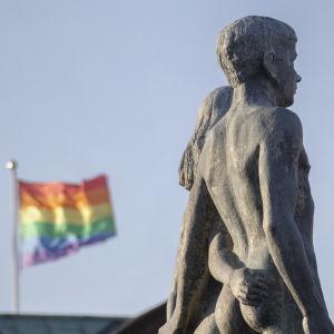 Regnbågsflagga i Sölvesborg