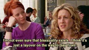 Miranda Hobbes och Carrie Bradshaw på café.