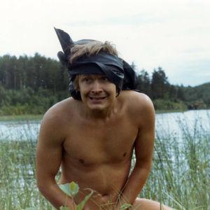 Heikki Kinnunen elokuvassa Aatamin puvussa... ja vähän Eevankin (1971).