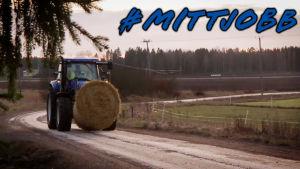 Traktor på väg