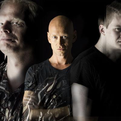 Ville Myllyrinne (Breivik) Jukka Ruotsalainen (Foucault) Miiko Toiviainen (Pierre) Harri Virtasen kuunnelmassa Hulluus ja yhteiskunta