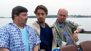 Juha Muje, Oskari Katajisto ja Pertti Sveholm elokuvassa Miehen sydän.