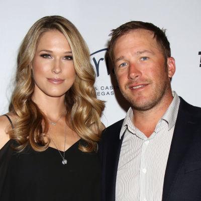 Morgan Beck och Bode Miller under en golfgala i Las Vegas i april 2017.