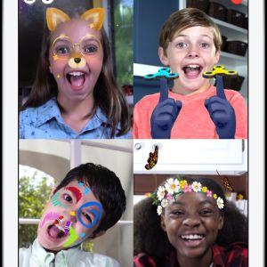 Skärmdump från appen Messenger Kids som visar barn med olika roliga fotofilter på sig