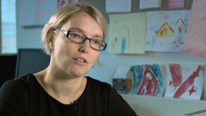 Lena Näre är biträdande professor i sociologi vid Helsingfors universitet