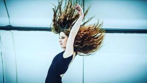 Jeanne Morel tanssii painottomuudessa.