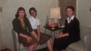 Rosemary Jacobs med vänner när hon var i 20-årsåldern.