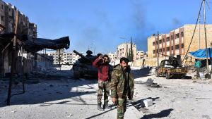 Regeringens trupper tog över östra Aleppos största stadsdel Masaken Hanano på lördag 26.11.2016.