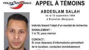 Abdeslan Salah misstänks vara inblandad i terrordåden i Paris och jagas av polisen.