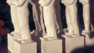 Jussi-statyer på rad