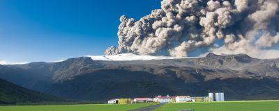 Vulkanen Eyjafjallajökull som har utbrott 2010.
