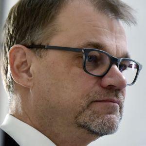 Juha Sipilä i närbild.