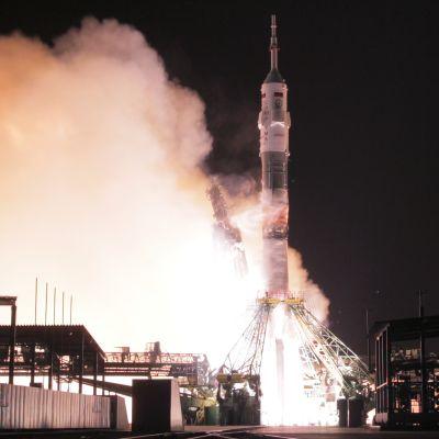 Sojuz-aluksen laukaisu matkaan
