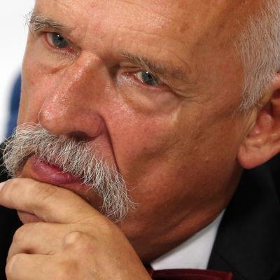 Högerkonservativa europaparlamentarikern Janusz Korwin-Mikke från Polen.