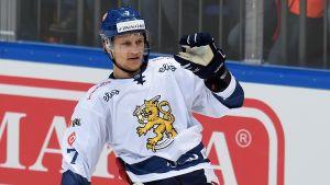 Teemu Pulkkinen tar plats i Finlands andrakedja i Yle Sportens lag.