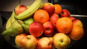 frukt i skål