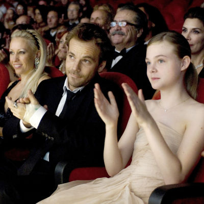 Sofia Coppola: Somewhere. Kuvassa Stephen Dorff ja Elle Fanning.