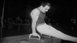 Eugen Ekman på bygelhästen 1958.