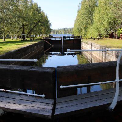 Jakokosken museokanavan sulkuja Kontiolahdella.