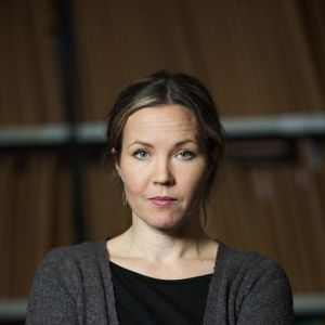 Julia Korkman poserar för kameran.