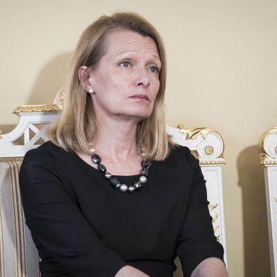 Ulkomaankauppa- ja kehitysministeri Lenita Toivakka.