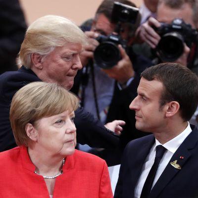 jDonald Trump, Angela Merkel, Emmanuel Macron på G-20-möte i Hamburg, juli  2017