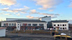 Kauhavan keskustan tuntumaan valmistuu uusi koulukeskus.