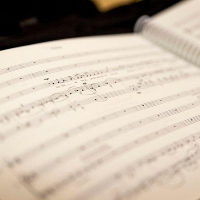 Kolme kirjettä Laestadiukselle -oopperan nuottikuvaa.