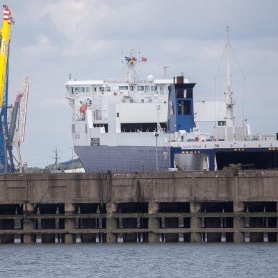 Bores rorofartyg Norstream i docka i Tilbury utanför London år 2014