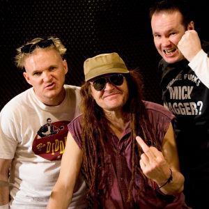 Punk - tauti joka ei tapa. Kuvassa Pelle Miljoona Unabomber.