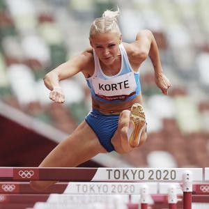 Annimari Korte jäi alkueriin Tokion olympialaisten aitajuoksussa.