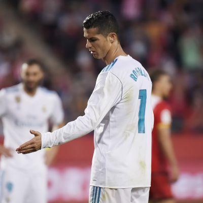 Real Madridin Cristiano Ronaldo pettyneenä