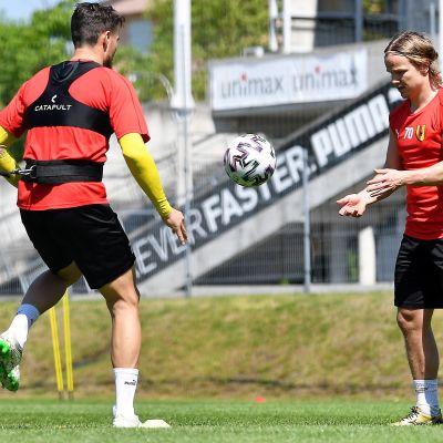 Petteri Forsell (oik) treenasi Korona Kielcen kanssa 11. toukokuuta 2020