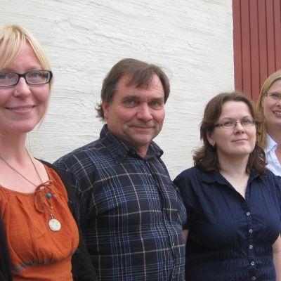 Miljövårdschef Saija Kaijala, geolog Esko Nylander, Projektchef Maija Aittola och Vatten och avloppsverkets chef Sanna Varjus.