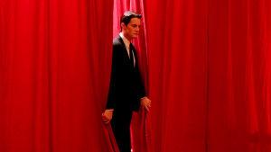 Kyle MacLachlan on agentti Dale Cooper elokuvassa Twin Peaks: Tuli kulje kanssani
