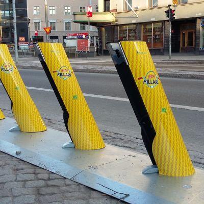 kaupunkipyöräasema Helsinginkadulla