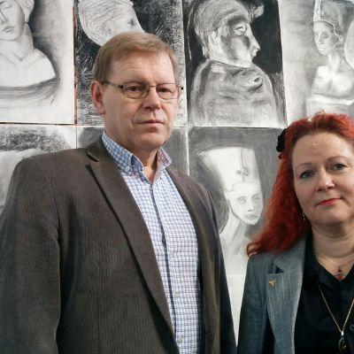 Rehtori Jouni Hyttinen ja apulaisrehtori Virpi Eronen.