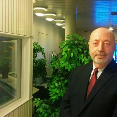 Israelin Suomen suurlähettiläs Dov Segev-Steinberg vieraili tiistaina Rovaniemellä.
