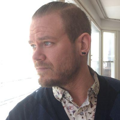 Kouvolan valtuuston 3. varapuheenjohtaja Juha Huhtala (vihr.)