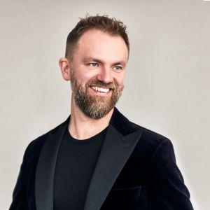 Tomas Djupsjöbacka kuvassa.