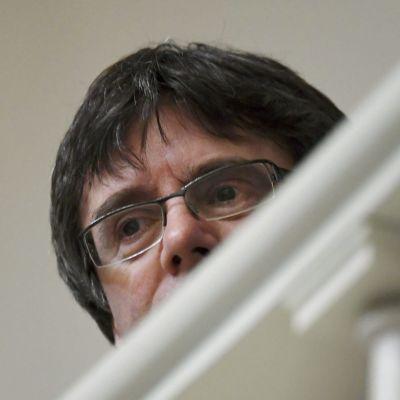 Den här bilden på Puigdemont togs i riksdagshuset i mars 2018, när han besökte Finland.