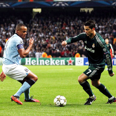 Vincent Kompany mot Cristiano Ronaldo hösten 2012.