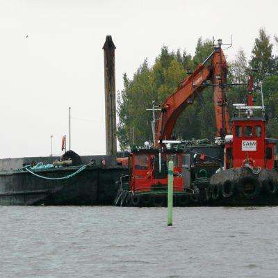 Muddring i Lovisaviken