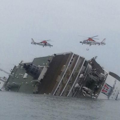 Färjan som hamnade i sjönöd i Sydkorea.