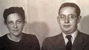 Den belgiska läkaren Walter Cohen med sin fru Rosi Cohen, två av dem som nästan blev utvisade den 6 november 1942. Här 1941.
