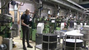 Optimal media i Tyskland är världens största tillverkare av vinyler.