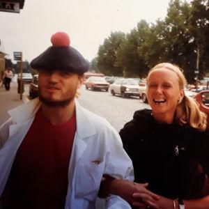 Jens Walentinsson ja Paula von Hellens treenaamassa Tanhuvaarassa 1981.