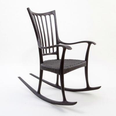 Jouni Heikkisen design -keinutuoli Wood Awards -kilpailun finaalissa