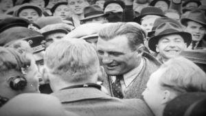Gunnar Bärlund bland folket.